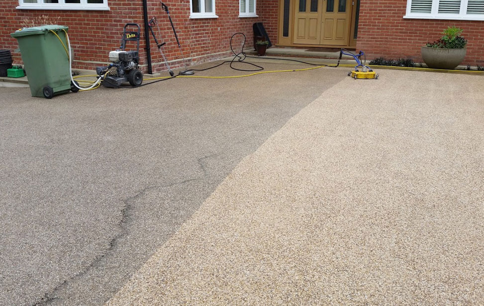 Tarmac Cleaning & Restoration
